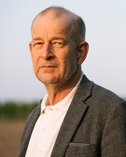 Dr. Günther Loewit